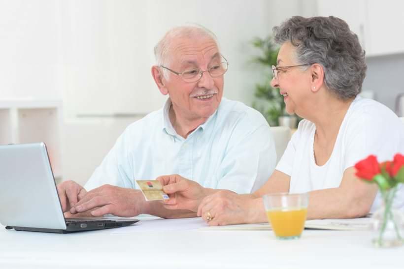 Bénéficier d'une aide au maintien à domicile