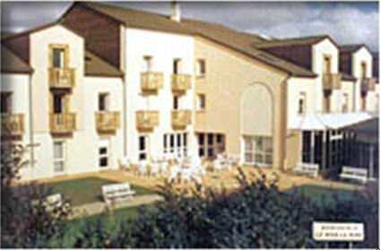 maison de retraite la providence evreux good la maison de bois macon with maison de retraite la. Black Bedroom Furniture Sets. Home Design Ideas