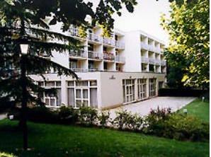 maison de retraite de Arepa le Parc