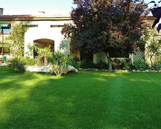 maison de retraite les jardins de sainte baume nans les pins 83. Black Bedroom Furniture Sets. Home Design Ideas