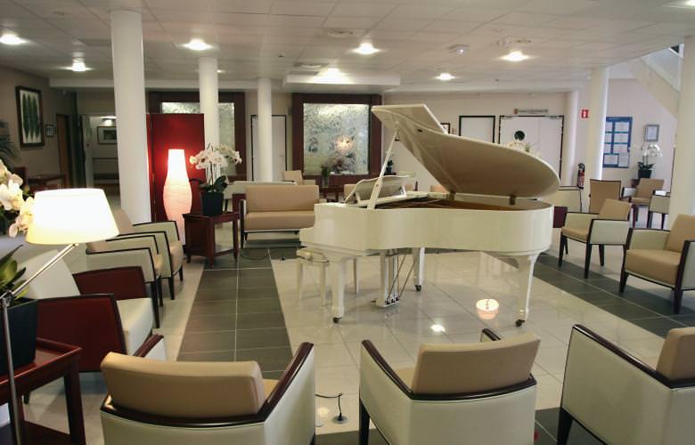 maison de retraite l oustau de leo saint saturnin les avignon 84. Black Bedroom Furniture Sets. Home Design Ideas