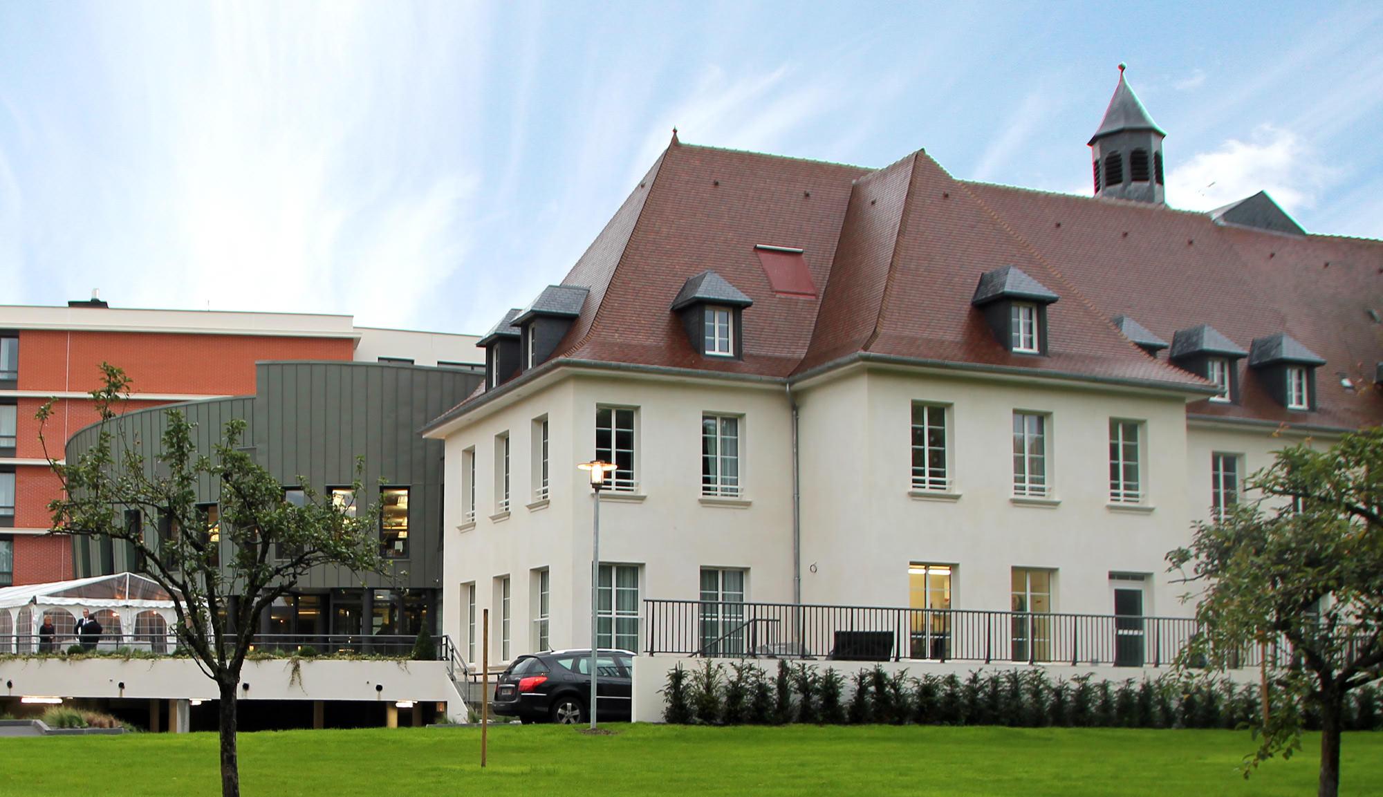 Maison de retraite villa la providence evreux 27 for Aides maison de retraite