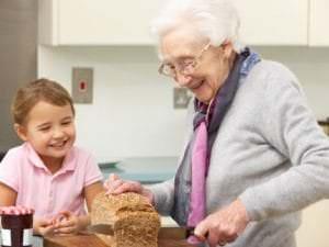 Dénutrition des personnes âgées : conseils et prévention