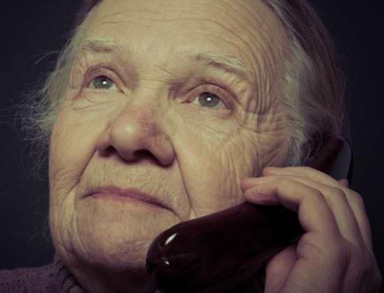 Top 5 des arnaques aux seniors et comment les éviter