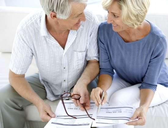 Aide aux personnes ag es en maison de retraite segu maison for Aide personnes agees maison retraite