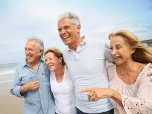 Aides proposées aux personnes âgées pour financer leurs vacances