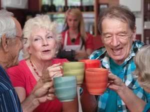 Restaurants pour seniors lyonnais :  pétition contre la nouvelle carte
