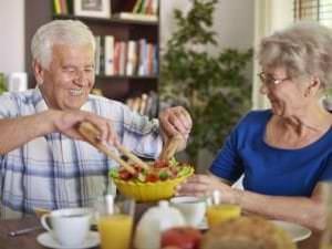 7 raisons de surveiller la nutrition des seniors