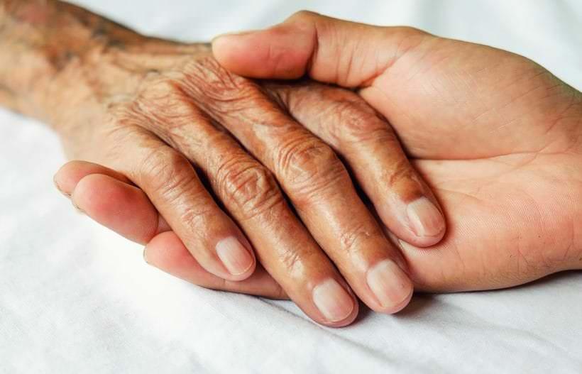 Savoir reconnaître l'âgisme et la maltraitance des personnes âgées