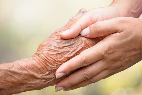 Maladie d'Alzheimer : l'Ibuprofen offre un nouvel espoir de prévention