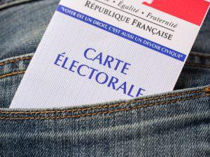 Aider les personnes âgées à voter