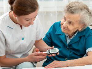 Diabète et démence, comment aider votre proche âgé ?