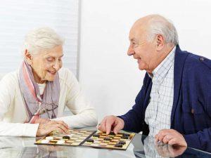 Les bienfaits des animations pour personnes âgées en maison de retraite