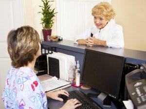 Aides sociales : quand et comment faire appel au CCAS ?
