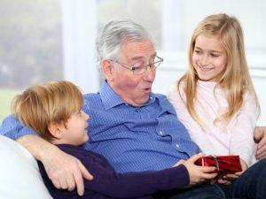 6 faits à connaître sur les hommes et le vieillissement