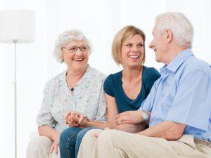 Conseils pour convaincre un parent âgé d'entrer en maison de retraite