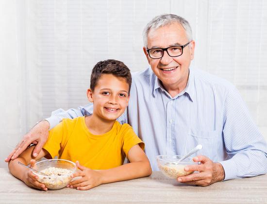 5 aliments pour aider les seniors à retrouver le sommeil