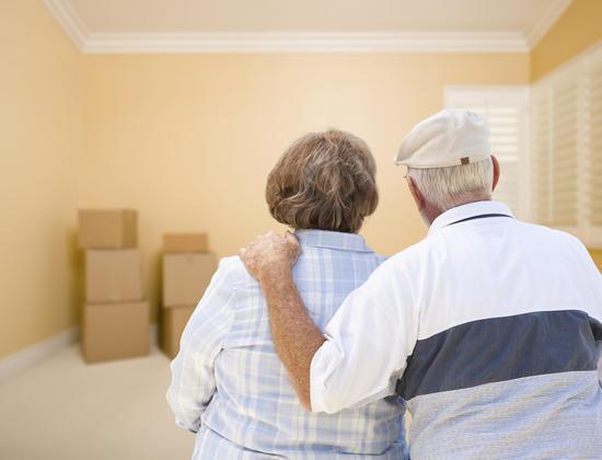 Comment aider votre proche à faire le tri avant d'emménager en Ehpad