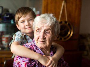 Démence : les risques du déni chez les aidants familiaux