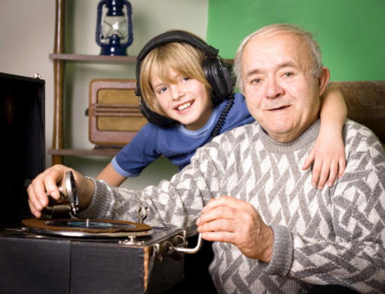 Apprendre la musique après 60 ans : un loisir plein de bienfaits !