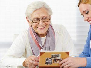 Alzheimer : comment trouver un Ehpad adapté aux besoins de votre proche ?