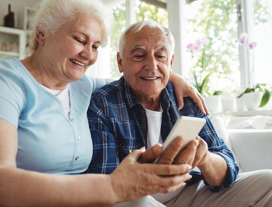 Comment choisir un téléphone portable pour senior ?