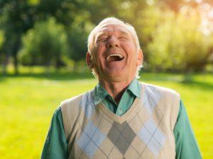 Les bienfaits du rire pour les seniors