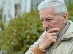 Tout savoir sur les 7 stades de la maladie d'Alzheimer