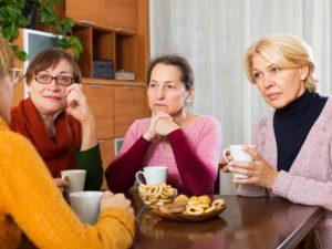 6 stratégies pour optimiser la coopération entre aidants familiaux