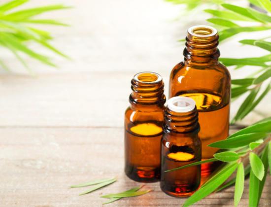 Aromathérapie : comment se soigner aux huiles essentielles ?