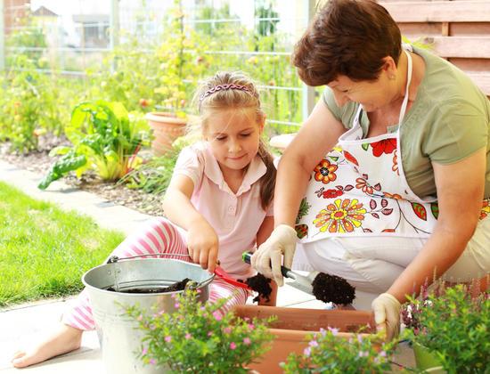 5 activités printanières parfaites pour les seniors