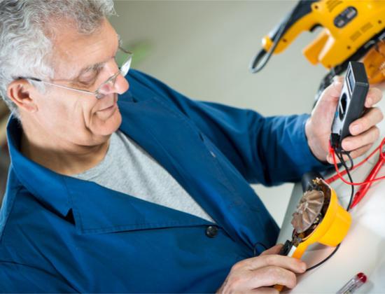 Travailler après 65 ans : quels sont les avantages ?