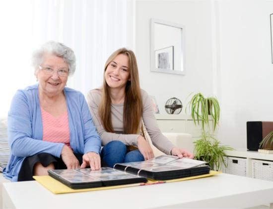 Alzheimer : comment raviver et conserver les souvenirs de votre proche