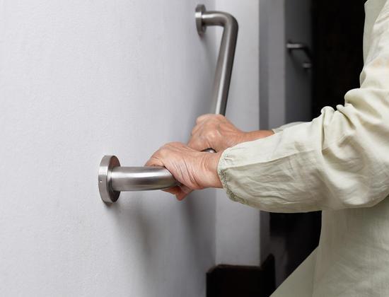 Logement et accessibilité : quels sont les droits des personnes âgées ?