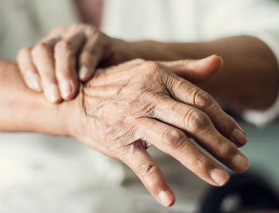 Tout savoir sur l'évaluation de la maladie de Parkinson avec l'échelle UPDRS