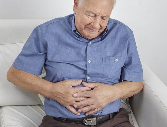 Prévenir l'intoxication alimentaire des seniors à domicile et en Ehpad