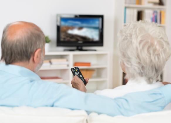Seniors ou jeunes – Savez-vous qui bat le record de temps d'écran ?