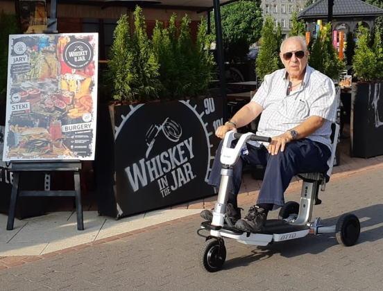 Les scooters électriques pour rester autonome et actif au grand âge